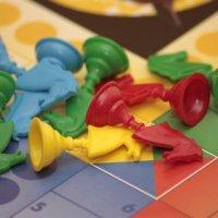 La mallette de jeux de société : pour s'amuser en famille après les fêtes de Noël