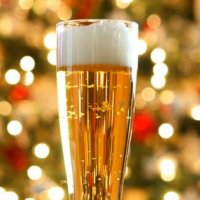 La bière chaude, une boisson étonnante et réconfortante