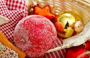Les boules de Noël en papier mâché