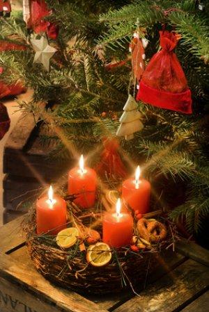 Paroles de chansons de Noël : C'est Noël, Joie sur la Terre
