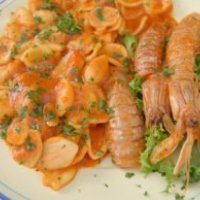 Recette de la sauce armoricaine : pour accompagner vos poissons et crustacés de Noël