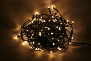 Banc d essai guirlande led vs guirlande ampoules - Guirlande lumineuse pour sapin ...